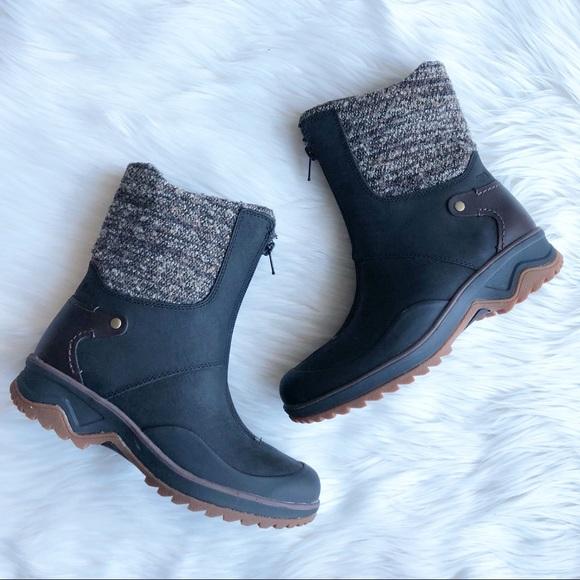 5c92e36c ❗️SALE Merrell Black Front Zip Knit Winter Boots